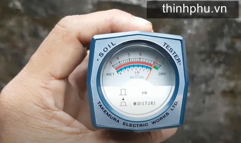 Màn hình đo độ pH và độ ẩm đất