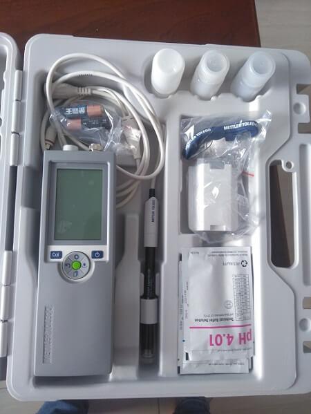 Máy đo pH cầm tay Mettler